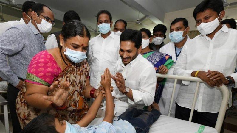 Índia afirma que doença misteriosa foi causada por intoxicação aguda