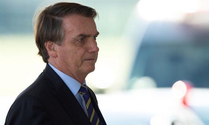 Bolsonaro promete respeito à Carta, e compara Dia 7 a novo Grito 'sem espada'