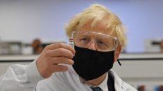 Agência reguladora britânica recomenda que alérgicos graves não recebam vacina