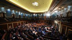 Sessão conjunta do Congresso é retomada, Pence condena violência