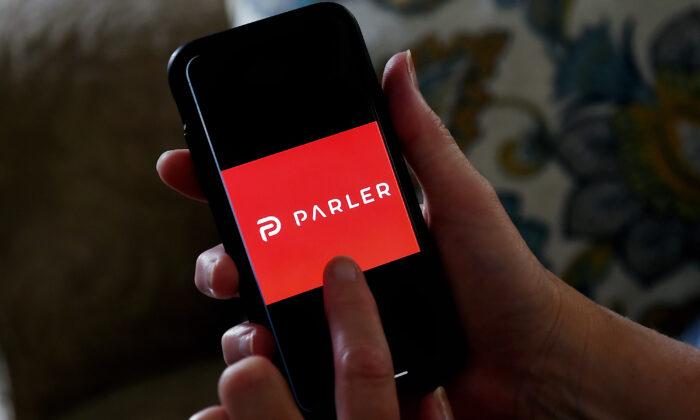 CEO do Parler: o site de mídia social vai 'voltar forte' à medida que a empresa parece mudar de registro de domínio