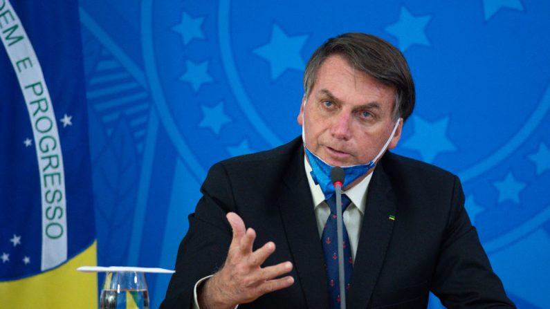 CoronaVac: Bolsonaro questiona Butantan por cobrar o dobro do preço