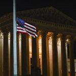 Alinhamento ideológico leva a América em direção ao totalitarismo, alertam especialistas
