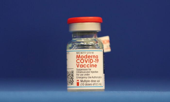 Agente de saúde do Oregon é hospitalizado após receber vacina da COVID-19