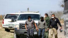 Número de migrantes ilegais na fronteira será o maior em 20 anos, diz Mayorkas