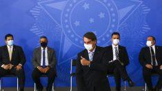 Bolsonaro sanciona MP que facilita compra de vacinas