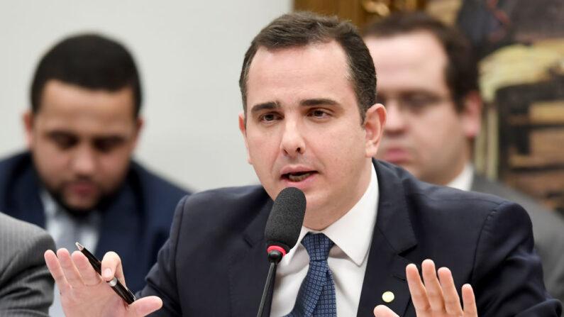 Pacheco diz que  'Não é o momento de discutir impeachment de ministros no Brasil'