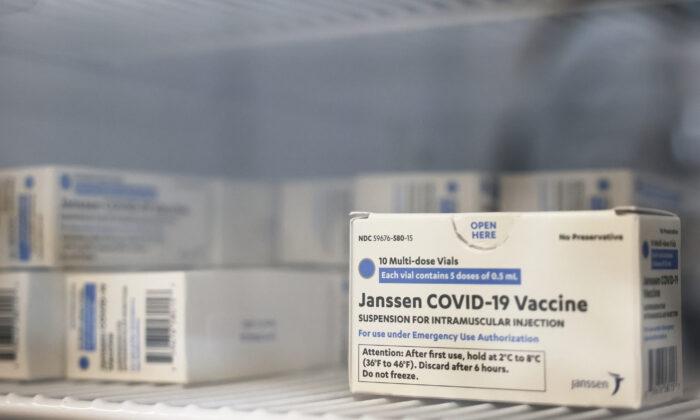 CDC investiga a morte de uma mulher que recebeu a vacina da Johnson & Johnson