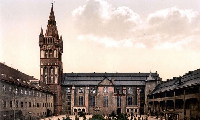 Fabricando Königsberg Kaliningrado: a joia perdida do Báltico