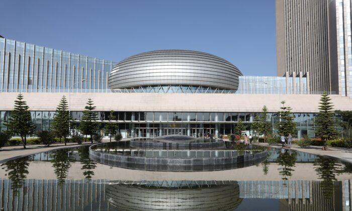 Ocidente responde ao aumento das construções chinesas para governos africanos