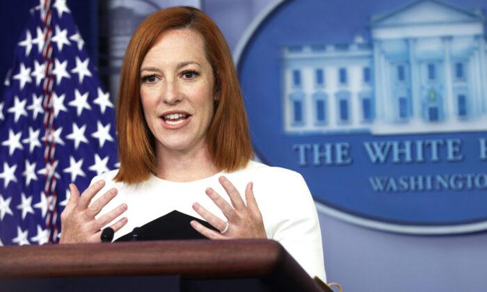 Secretária de imprensa da Casa Branca diz que equipe aconselha Biden a não responder às perguntas dos repórteres