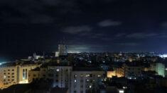 Após mais lançamentos de balões incendiários, Israel se defende atacando alvos do Hamas