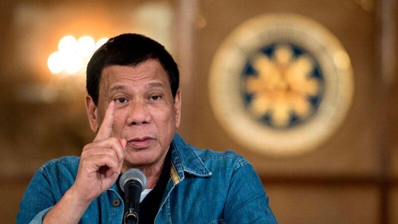 Presidente das Filipinas ameaça com prisão qualquer pessoa que rejeite a vacina covid-19