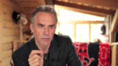 Jordan Peterson expõe agenda pós-modernista