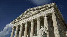 Suprema Corte dos EUA decide que a caridade católica pode negar filhos adotivos a casais do mesmo sexo