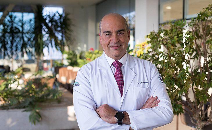 'No ano que vem vamos ter que vacinar todo mundo de novo', diz diretor do Sírio-Libanês