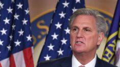 McCarthy pede que Governo Biden mostre os dados da inteligência sobre origem da COVID-19