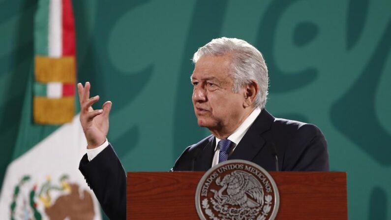 López Obrador nega espionar jornalistas e ativistas críticos ao governo