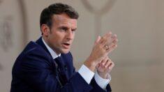 Macron denuncia pessoa que colou cartazes o comparando a Hitler