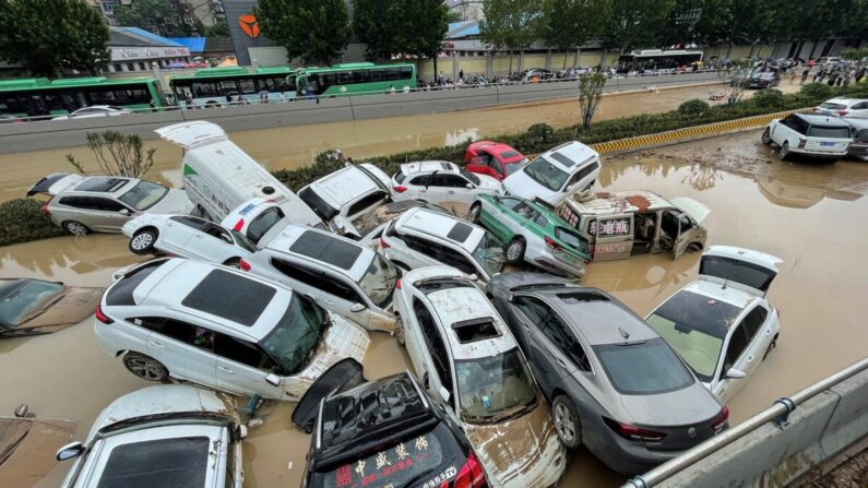 Inundações no centro da China deslocam 1,2 milhão de pessoas