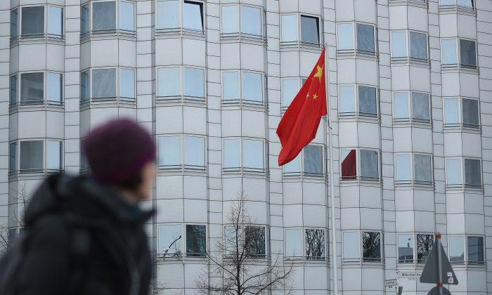 Cientista político alemão é preso por espionar para a China