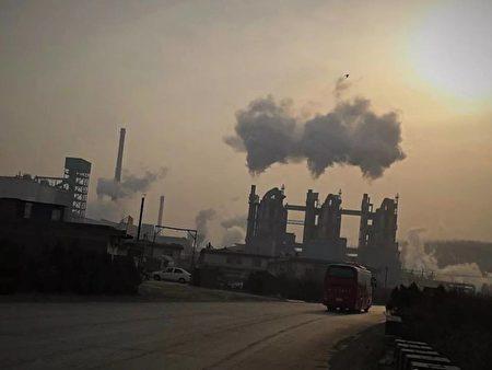 Estudante é preso, espancado e deixado sem comida por relatar contaminação em Shanxi, China