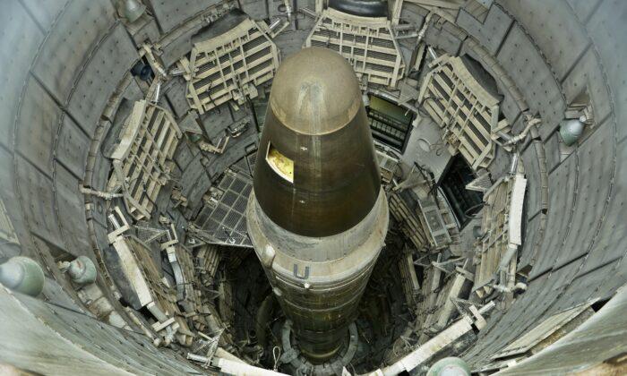 Novos silos de mísseis da China levantam preocupações de uma guerra por Taiwan
