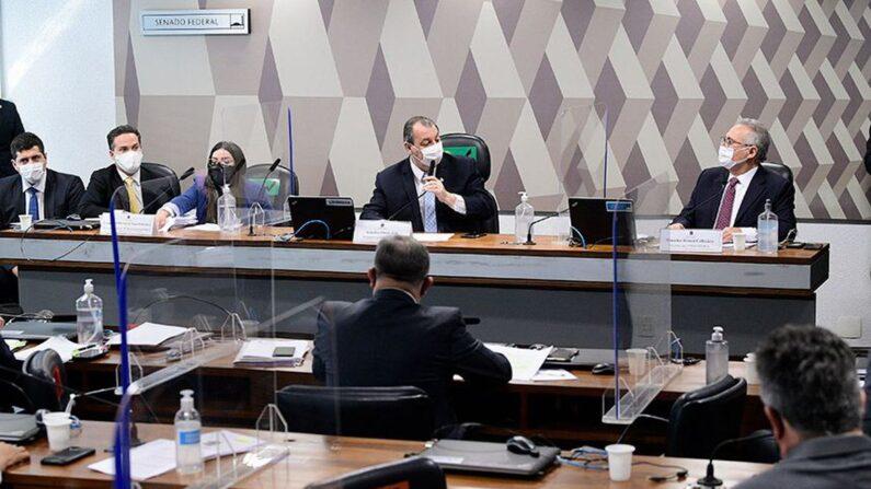 Diretora da Precisa diz não haver ilegalidade em negociação da Covaxin