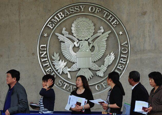 EUA nega vistos a mais de 500 estudantes chineses de ciência, tecnologia, engenharia e matemática