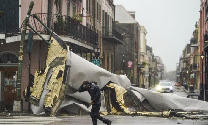 """Furacão Ida devasta Louisiana com ventos """"catastróficos"""", 450.000 ficam sem luz"""