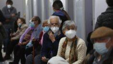 Morte de mulher idosa após receber terceira dose anticovid é investigada no Chile