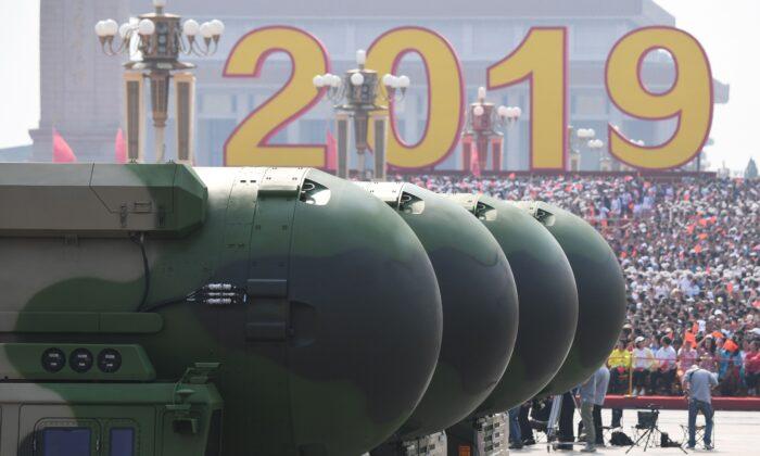 China poderá em breve usar armas nucleares para 'coagir' os EUA, alertam especialistas