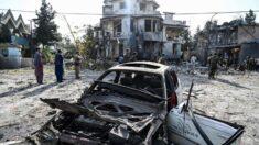 Governo Biden 'deve agir rapidamente' para mudar o rumo no Afeganistão: dizem ex-diplomatas dos EUA