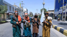 Talibã espera que Pequim possa contribuir para reconstrução do Afeganistão, afirma porta-voz