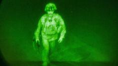 Pentágono publica foto do último soldado saindo do Afeganistão