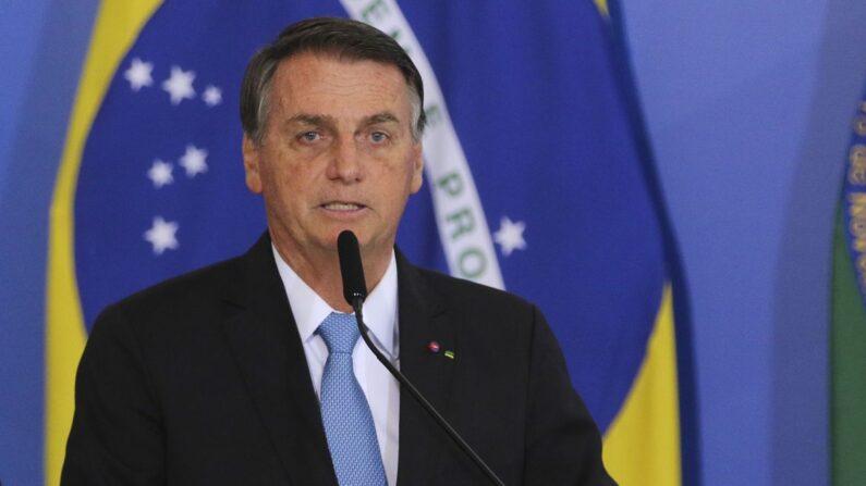 Bolsonaro entra com ação no STF questionando inquérito das fake news
