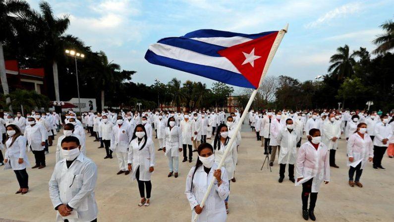 Médicos cubanos respondem a Marrero e falam sobre condições terríveis em meio ao surto de COVID