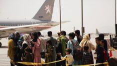 Mais de 18.000 foram evacuados do aeroporto de Cabul: OTAN