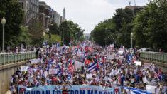 Menino viraliza após falar em voo sobre situação de Cuba: 'Não podemos parar essa luta'
