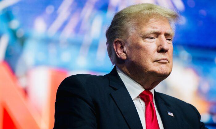 Trump corrige processo contra Big Techs para adicionar casos de 65.000 americanos que sofrem censura