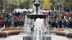 Centenas protestam no centro de Moscou contra os resultados eleitorais