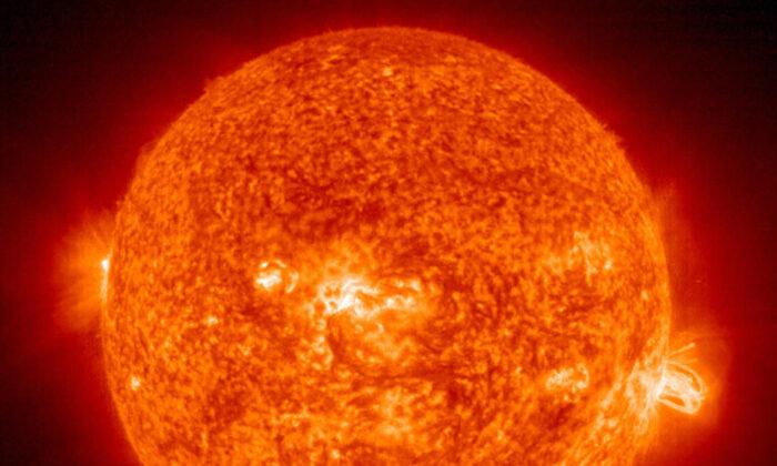 Supertempestade solar rara pode causar  'apocalipse da Internet' por vários meses, revela estudo