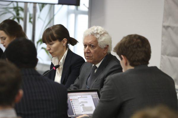 Hamid Sabi, consultor jurídico do tribunal no primeiro dia de audiências públicas no De Vere Grand Connaught Rooms, em Londres, em 8 de dezembro de 2018 (Justin Palmer)