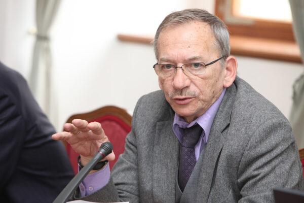 Jaroslav Kubera, orador do Senado Tcheco, em 26 de março de 2014 (Občanská demokratická strana [CC BY 2.0])