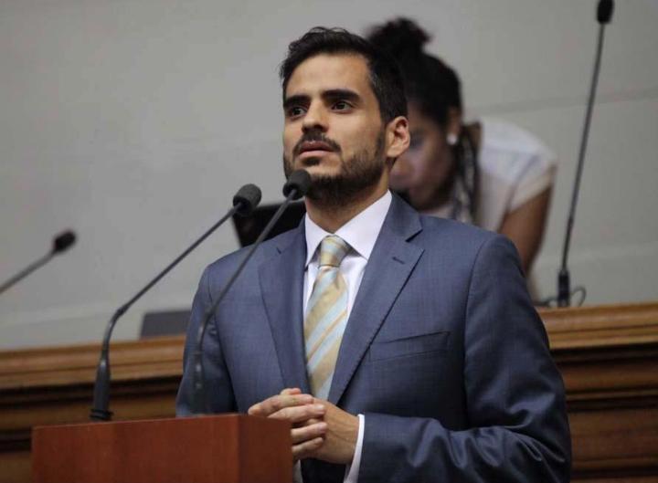 O presidente da Comissão Permanente de Política Externa da Assembléia Nacional, Armando Armas (Cortesia: Armando Armas)
