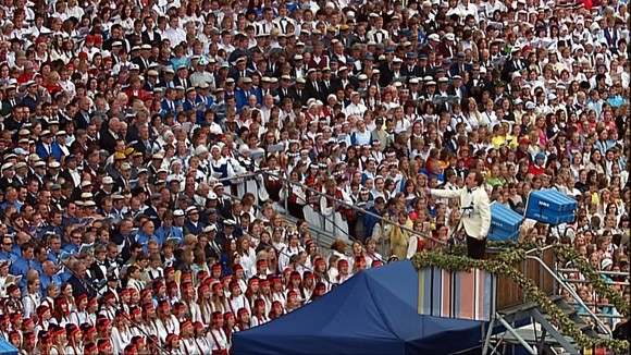 O festival Laulupidu filmado por James Tusty em 2004 (Cortesia de James Tusty)