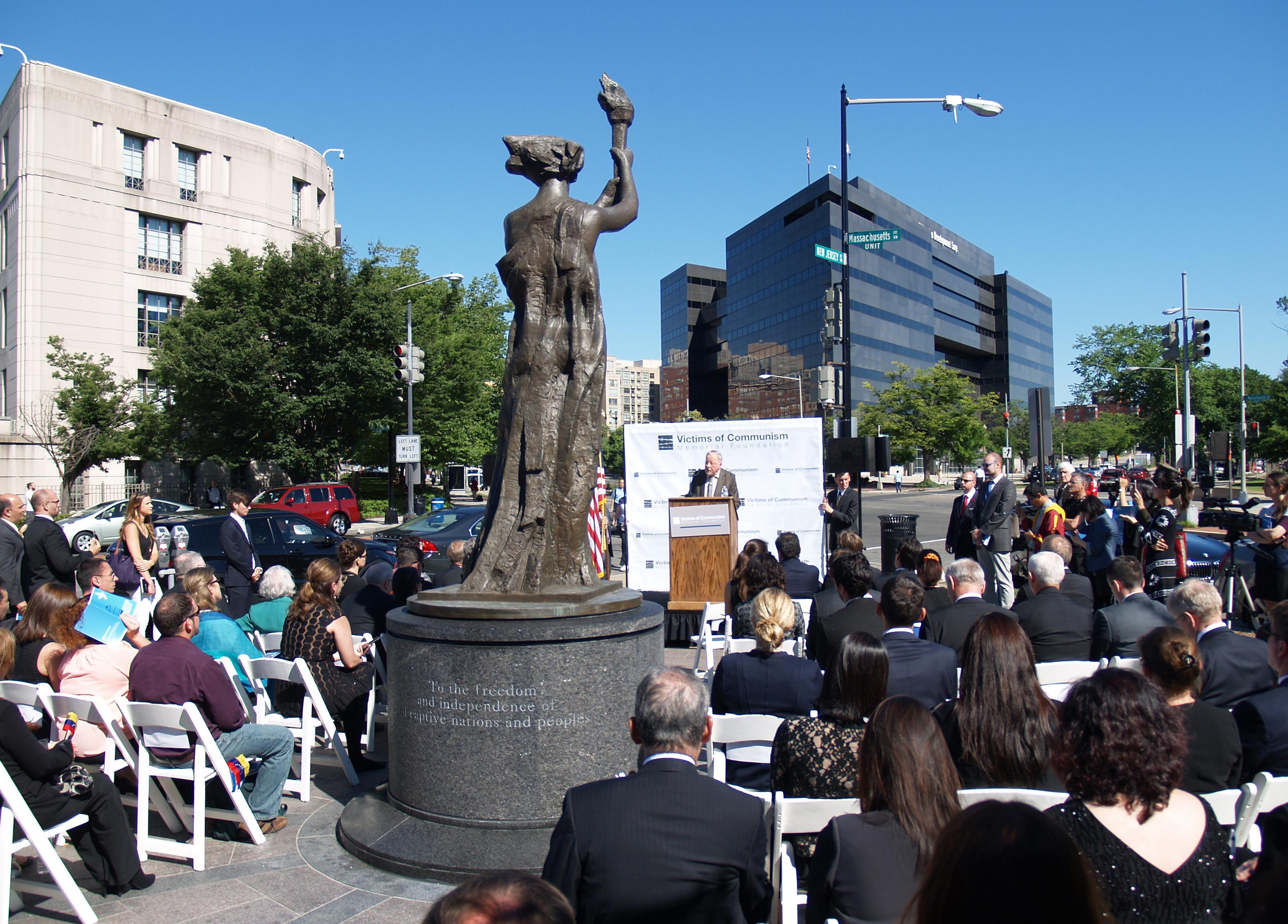 O ex-chefe de estado lituano Vytautas Landsbergis faz o discurso principal na décima cerimônia anual da Medalha da Liberdade Truman-Reagan e da Lista de Chamada das Nações, em 9 de junho em Washington, D.C. (Kitty Wang/NTD Televsion)